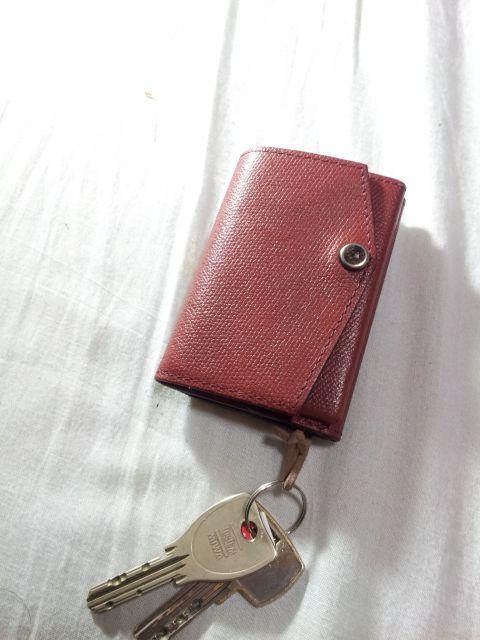 0886420782a6 ミニマリスト的オススメ!世界最小の財布abrAsus (アブラサス)の驚異的な ...