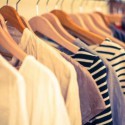 【写真あり】断捨離すれば、こんなに減る!写真に全ての服がおさまる程度の能力